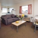 1260926_beach_house_indoors